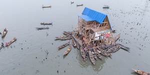 floating-school-was-built-in-the-Makoko