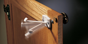 kitchen-safety-locks